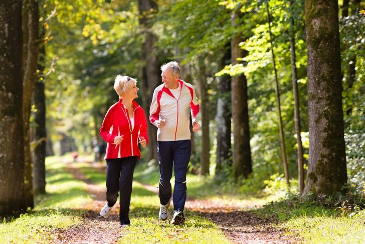 Heading-outdoors-is-one-of-the-best-most-rewarding-ways-for-seniors-to-get-some-physical-exercise_379_40123172_0_14107043_728